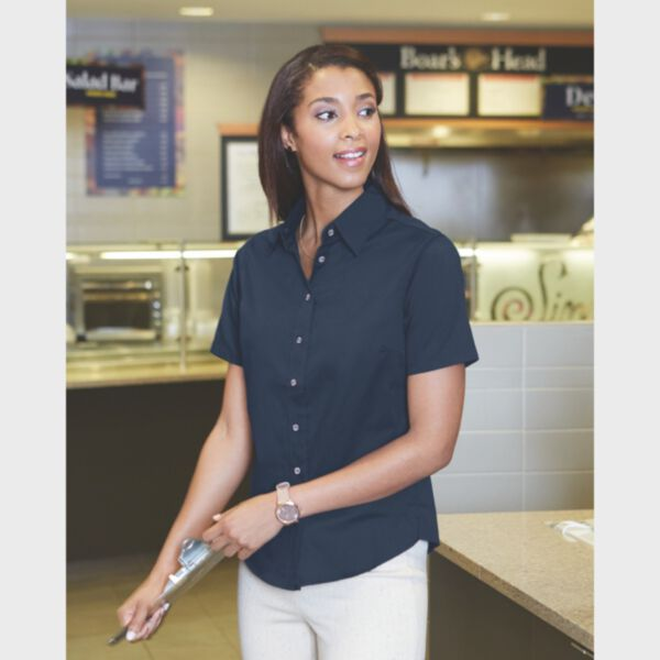 Harriton Ladies' Easy Blend™ Short-Sleeve Twill Shirt with Stain-Release